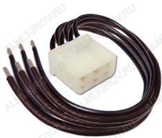 Колодка (A028)штыревая КСШ6х0,75 с проводами размеры:31,9х31,1х17,9мм